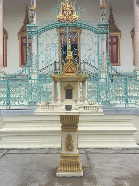 Spirit house to protect the temple